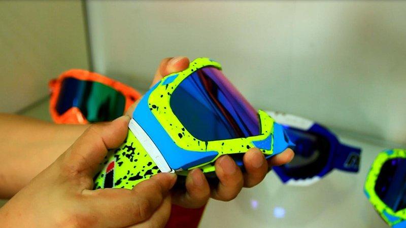 Goggles(4)